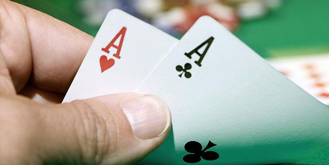 Pocket Aces Being Revealed