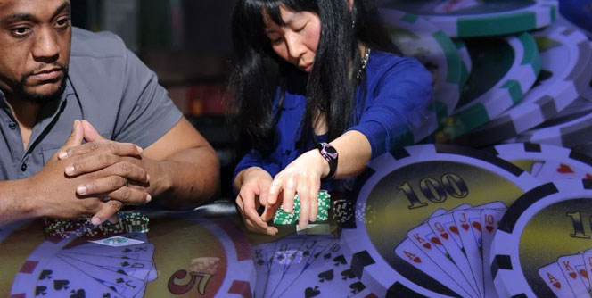 Casino Betting Pot Commitment